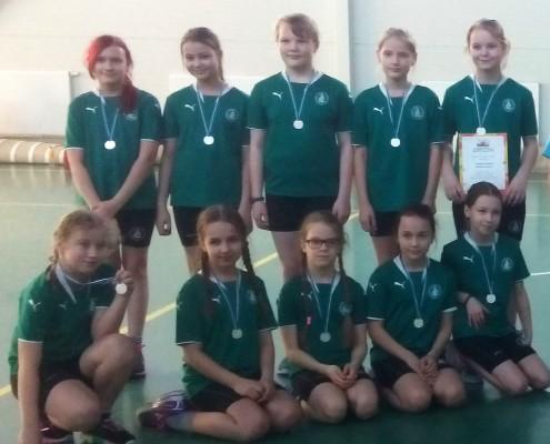 4.klassi tütarlaste rahvastepalli võistkond saavutas Mustamäe linnaosas 2. koha
