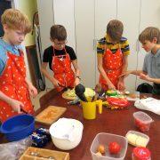 poisid köögis