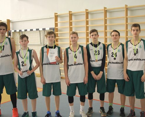 TSG põhikooli poeglaste korvpallivõistkond saavutas linnas kolmanda koha