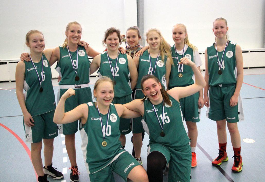 Põhikooli tüdrukute korvpallivõistkond 2018