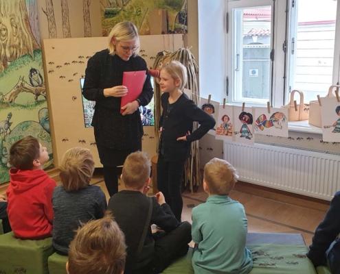 1.b klass lastekirjanduse keskuses